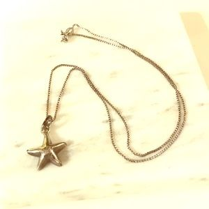 Jewelry - Sterling silver starfish necklace